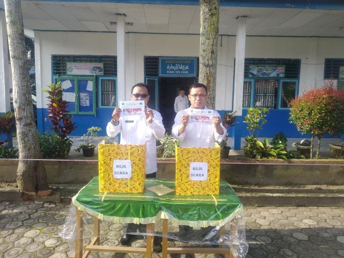 Berlangsung Secara Demokratis, Pemilihan Ketua OSIM MTsN 4 Kerinci Sukses